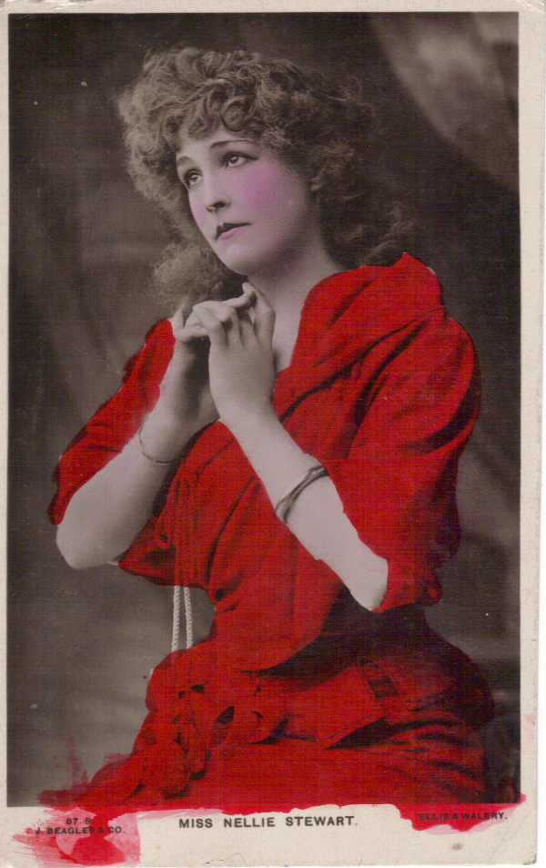 Fig. 2 Nellie Stewart weighty gold bangle, postcard (Author's private collection)